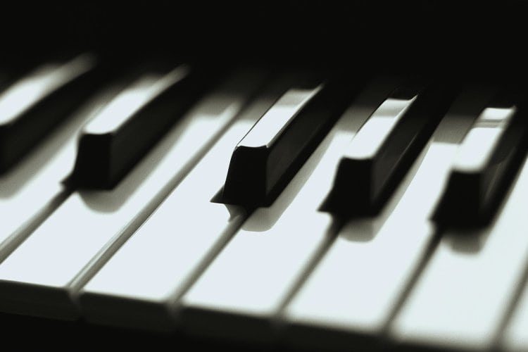 Piano smooth jazz piano chords : How to Play Jazz Piano, Jazz Chord Changes, Chord Voicings ...